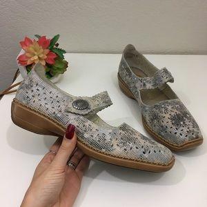 rieker antistress Doris Mary Jane floral shoes